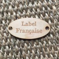 étiquette ovale en bois