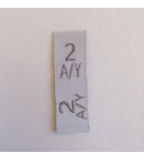 Étiquettes taille enfants fond blanc, taille en gris 2 A