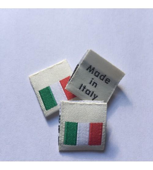 Étiquettes avec drapeau italien et Made in Italy à coudre