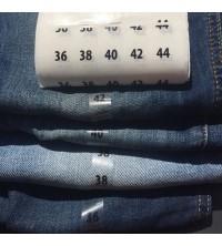 Étiquettes adhésives taille vêtements